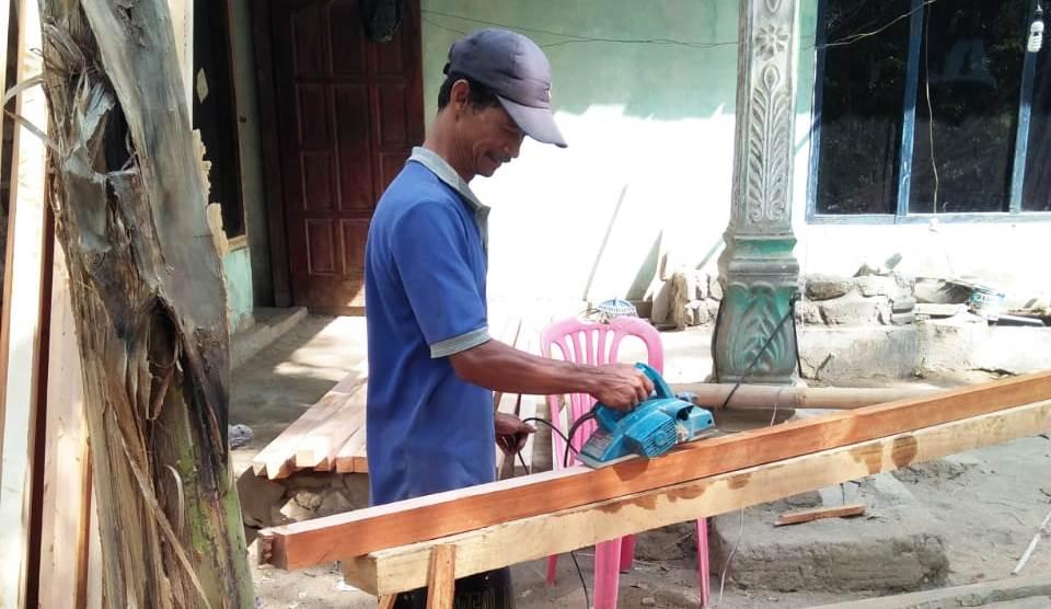 kerjaan tukang kayu